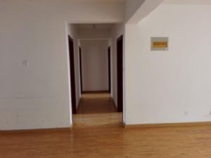 房子位置好、楼层好、南北通透、精装修