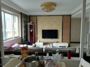 泰和花园,电梯中层,精装3室,支持贷款