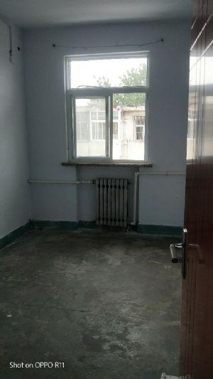 三室朝阳,门窗全是新换的