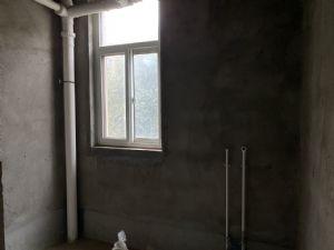 四季果岭,经典二楼出售,毛坯房,支持贷款!